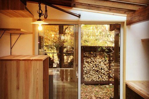 森の中のサンルーム的な自宅ワークスペース作り