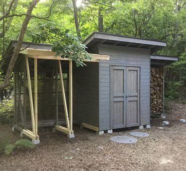 薪小屋増設。