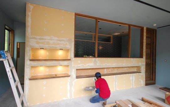 モールテックスで壁塗りにチャレンジ