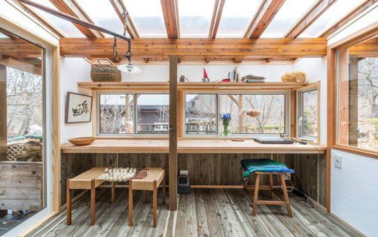 森の中の自宅オフィスルーム